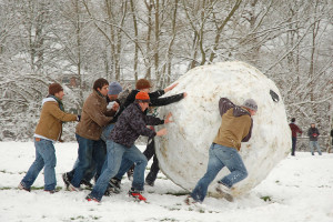 Giant-Snowball