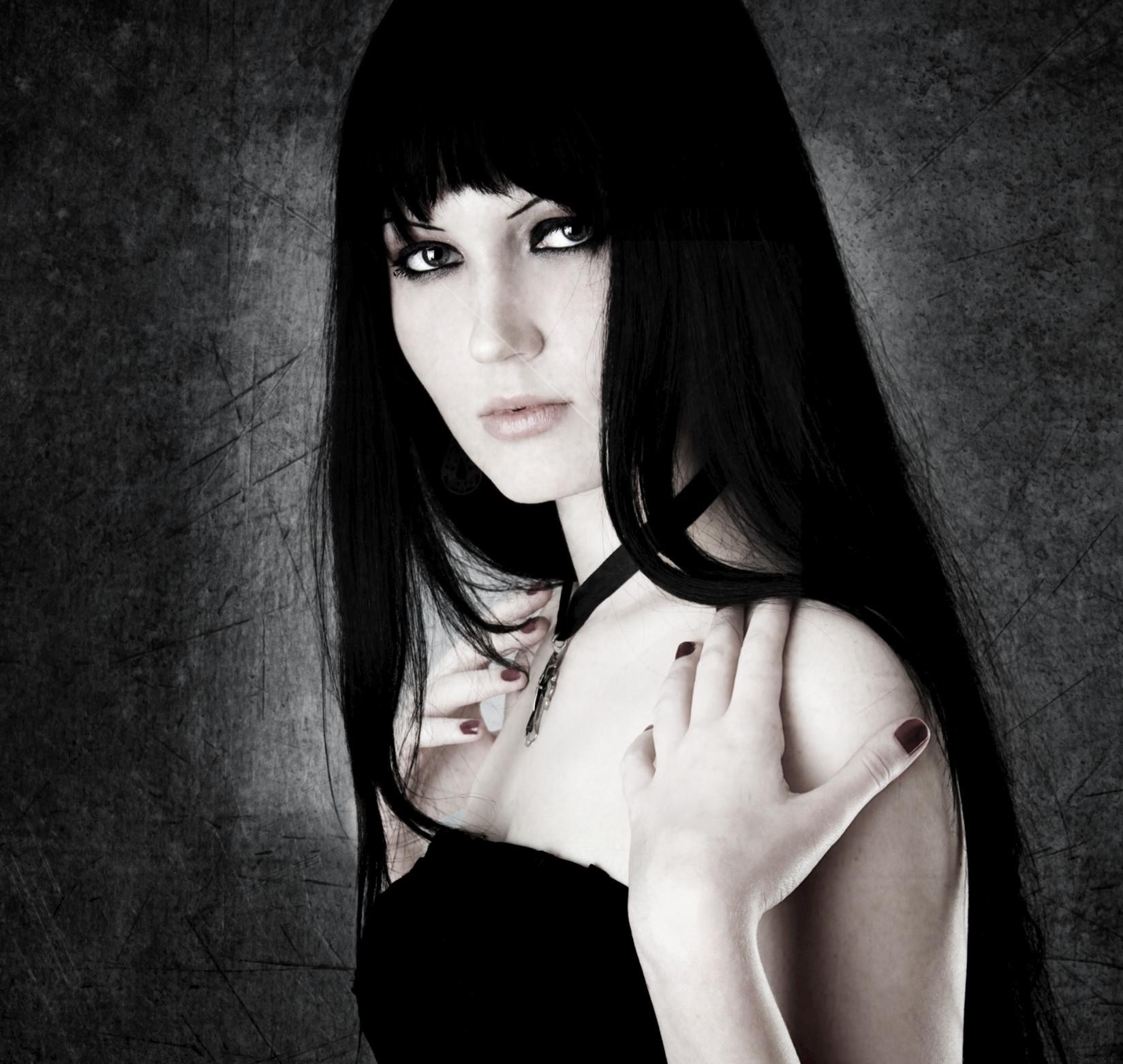 Brenda Pandos & The Vampires